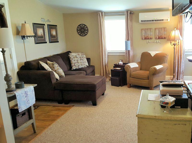 Hurley Byrd Cottage Living Room