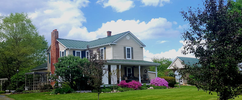 Piney Hill Bed & Breakfast in Luray, VA