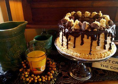 Reese's Cake #hankmadeit